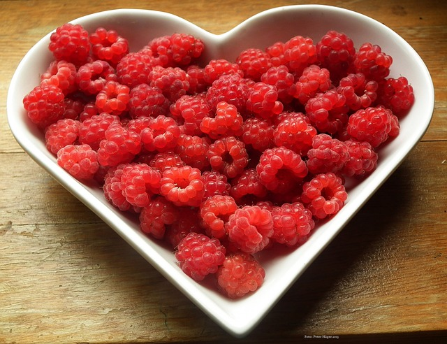 NHSOA-Heart-Health-Raspberries